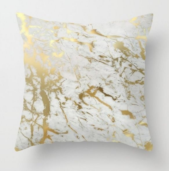 Gold throw pillows. From their basic use as bed accessories, pillows have little by little become true decorative elements, used to achieve some unique artistic effects in almost any room of the house. #throwpillows