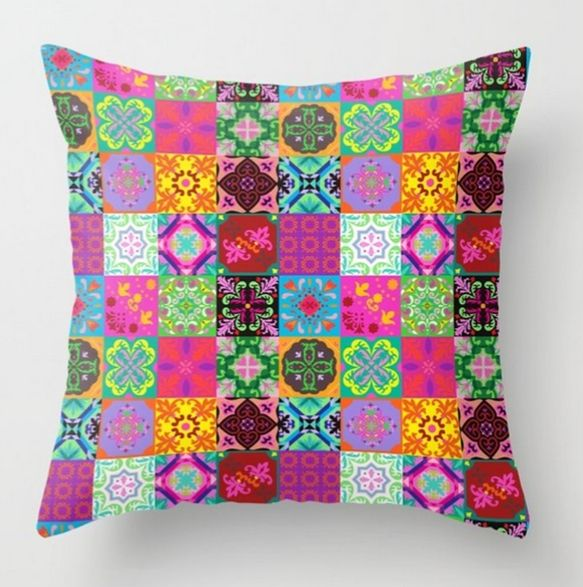 Quilted pillows. In terms of prices, quilted pillows are neither cheap nor expensive, generally speaking the prices are somewhere in between. #throwpillows